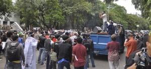 Demo Anggota APKOMLAPAN - 2