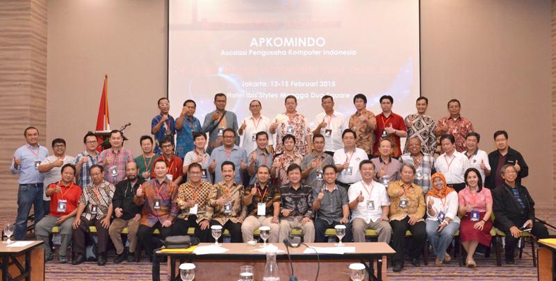 09. Foto Bersama Munas Apkomindo 2015 - hari Ketiga