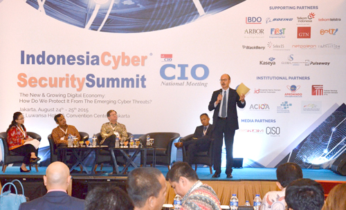 03. Interactive Panel Discussion 1 - Indonesia Cyber Security Summit 2015